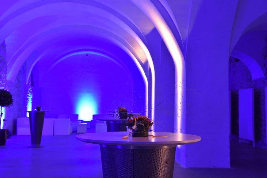 Bank Reichmut-Kundenanlass-Pfalzkeller-Veranstaltungstechnik-Beleuchtung-Pro Rent GmbH